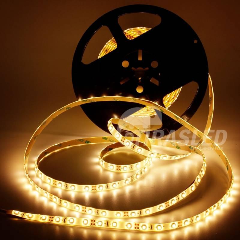 Tira LED 4,8W/m 12V 60 LEDs/M 3528 Luz Cálida 2700K con rollo encendido
