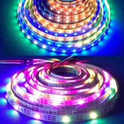 Tira LED 12V 5050 IP20 con 60 Leds x metro IP20 digital pixel RGB encendida en rollo