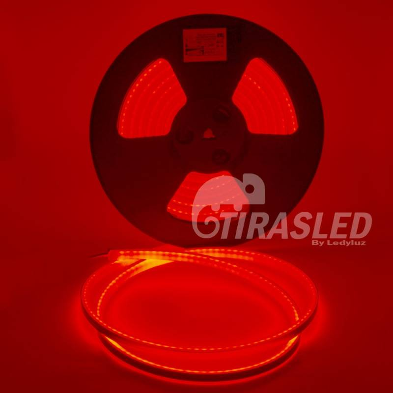 Rollo de Neón Flex LED 24V 14,5W IP65 Alta Potencia Luz Roja encendido